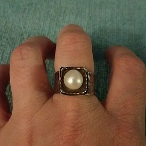 Silpada sterling and pearl ring